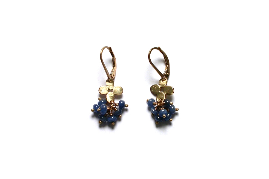 gold bloom and sapphire cluster earrings   $195.00   item 04-475