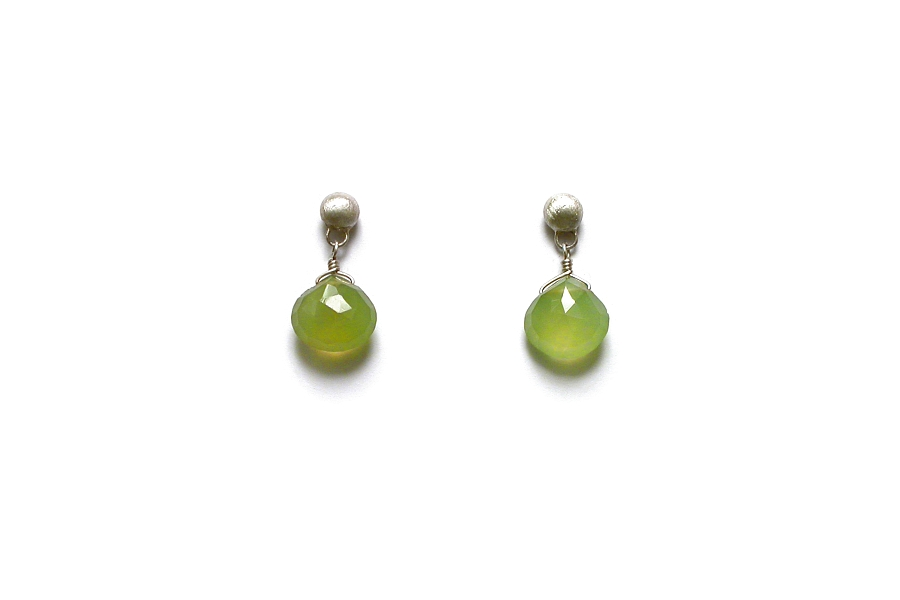 green chalcedony briolette on stud earrings   $80.00   item 05-062
