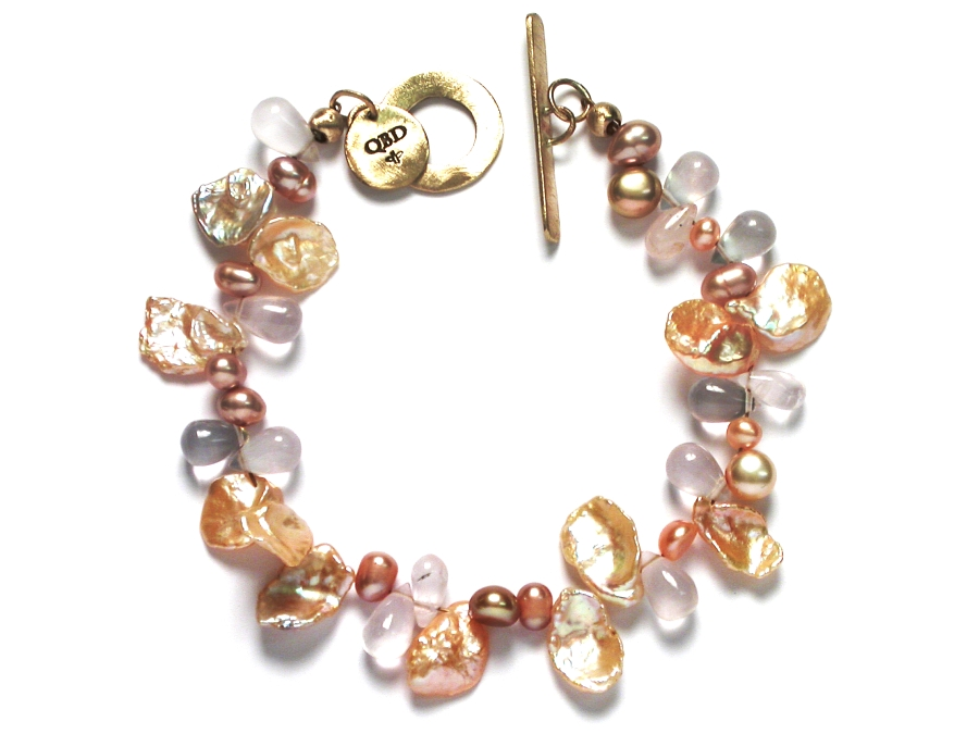 peach keishi pearl, freshwater pearl & rose quartz bracelet with 10K glasp   $195.00   item 07-166